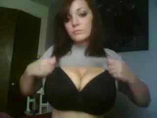 Pievilcīgas vebkāmera meitene pašdarināts video