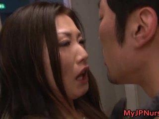 เพศสัมพันธ์อย่างหนัก, ญี่ปุ่น, เคาเกิร์ล