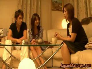 Giapponese matura donne avere un trio part4