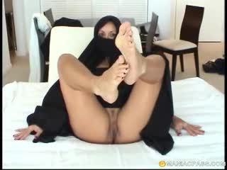 blowjobs, foot fetish, arab