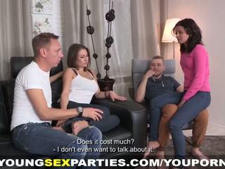 Új kanapé mert egy szex buli
