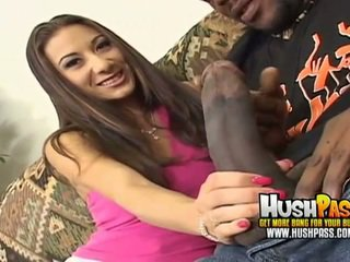 Hot chick gets a big black dick in her...