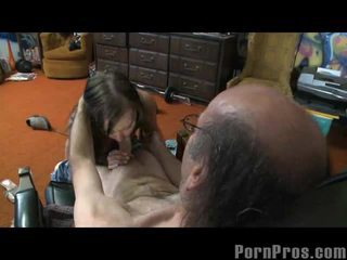 Sexually Excited Brunette Ivy Winters