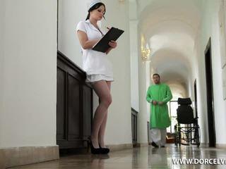 Verpleegster abbie