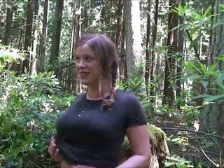 Majoreta în the woods