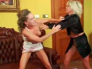 lesbietė, lesbiečių kova, muffdiving