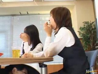 日本語 av 模型