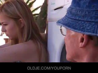 тийн секс, голям пенис, обръсна путка