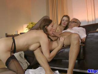 Euro Amateur Cocksucking in British Threesome: Free Porn b8