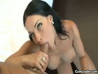Barmfager brunette abbie cat swallowing sperm