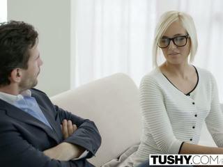 Tushy gorące sekretarka kate england gets anal z klient
