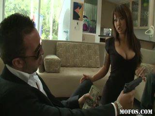 Азіатська порно female tastes the річ