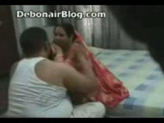 Pakistanez unchi și aunty prins romancing în the