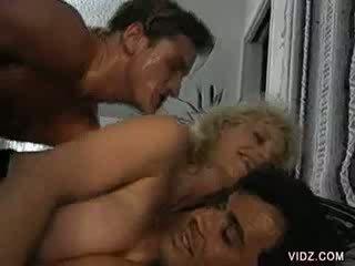 Seductive blondie hussy gets dped