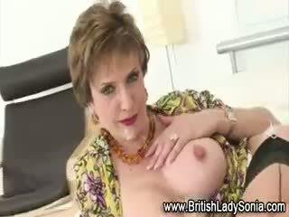 grote borsten kijken, gratis brits groot, echt cumshot