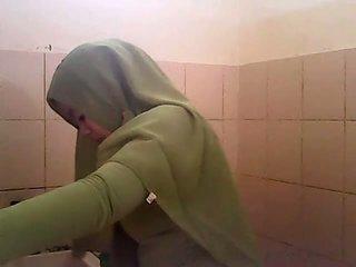 스파이 gagal jilbab hijau