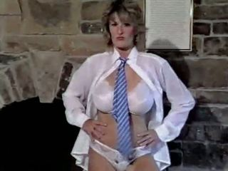 Tikko cant get enough - vintage 80s liels bumbulīši noģērbšana.