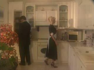 Anita blondt knullet i den kichen video