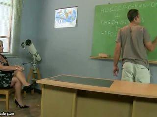 granny, classroom, moms and boys