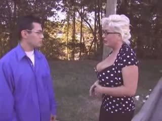 Mature Mom Cheating Her Husband Video