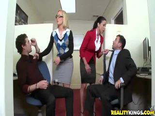 hardcore sex film, facesitting posted, great office vid