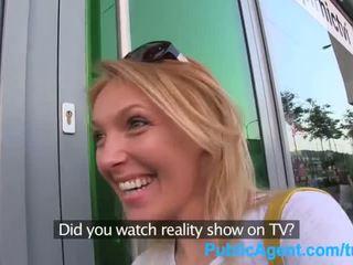 Publicagent ajo gets spit-roasted outdoors në shkoj realitet televizor punë