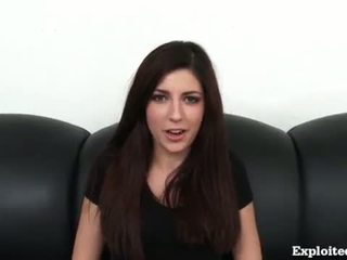 brunetă, deepthroat, hardsex