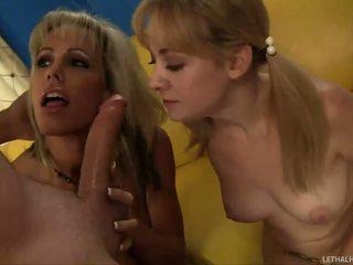 Jordan lynn teaching उसकी बेटी केसी को चूसना
