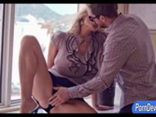 Enorme sirene wifey kelly madison pounded reale difficile