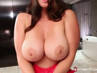tits, brunette