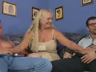 Granny Bitch in a Reverse Anal Piledrive, Porn dd
