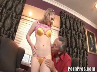 alte junge sex, how to give her oral sex