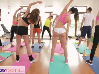Fitnessrooms barbara bieber has um sexual exercício depois