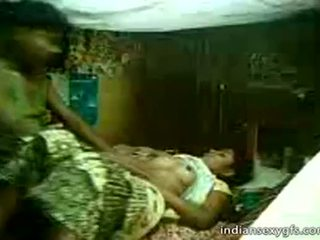 Desi prima sister passeio em irmão em casa alone - indiansexygfs.com