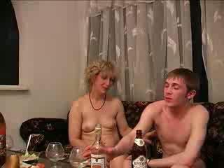 opitý, mamičky a boys, hardcore