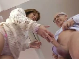 Starý člověk a a roztomilý mladý dívka, volný tvrdéjádro porno video bf