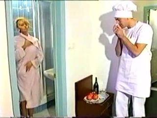 Anita blondinė dulkinimasis su varpa