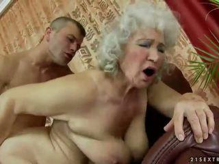 Chlupatý babičky getting fucked těžký