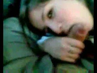 阿根廷的 女孩, 吸吮 在 汽车