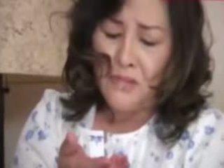 Japanesebbw maturidad mother at not kanya son