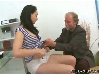Trojka sex s učiteľka