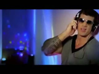 Muscle hunk perfection has sendiri musik video