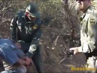 Mexican Border Patrol Agent Fucks Natu...