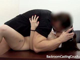 brunette, thủ dâm, lan rộng