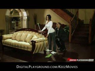 Selena rose - fit latina pokojská gets stripped hledal a fucked na the práce