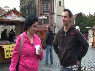 Starší turistický has picked nahoru a intercoursed