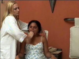 Κορίτσια αναγκαστική vomit puke ξέρασμα vomiting φίμωτρο