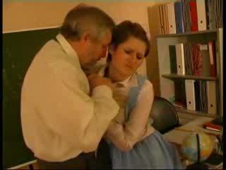 Professora abusada alemão boneca