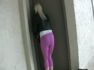 Pissing rosa spandex leggings