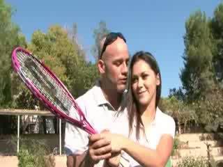 Kaslı seks en the tenis mahkeme
